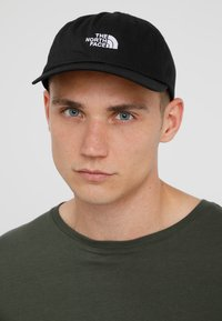 The North Face - THE NORM HAT - Lippalakki - black/white - 1