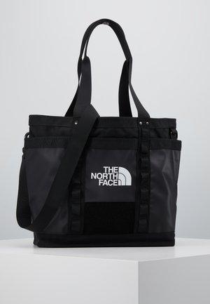 EXPLORE UTLTY TOTE - Velká kabelka - black