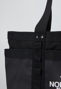 The North Face - EXPLORE UTLTY TOTE - Tote bag - black - 2