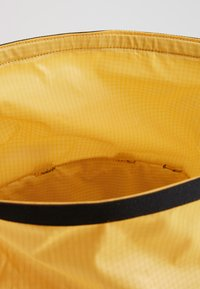The North Face - Reppu - yellow - 5