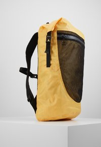 The North Face - Reppu - yellow - 4