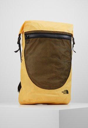 Batoh - yellow