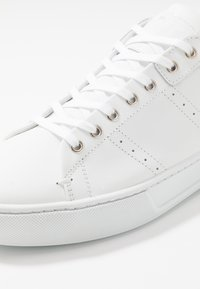 The Kooples - Sneakers - white/navy - 5