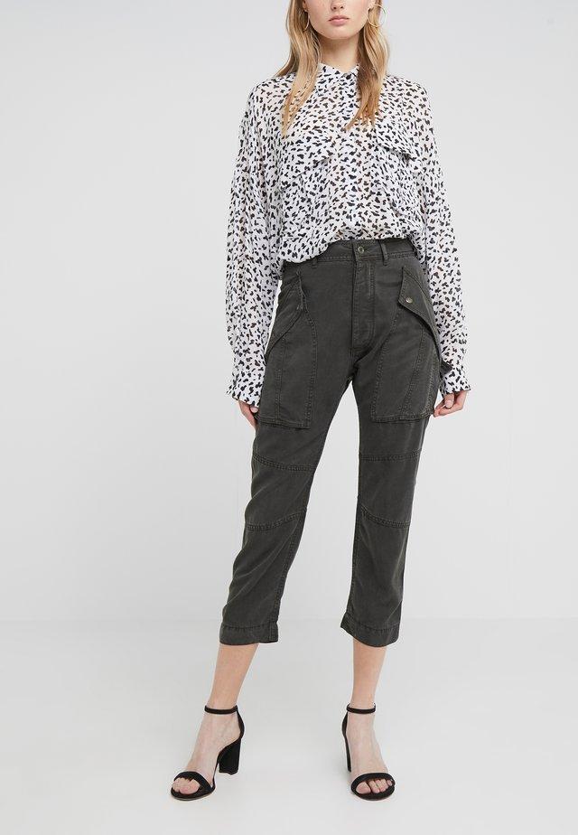 Pantalon classique - safari kaki