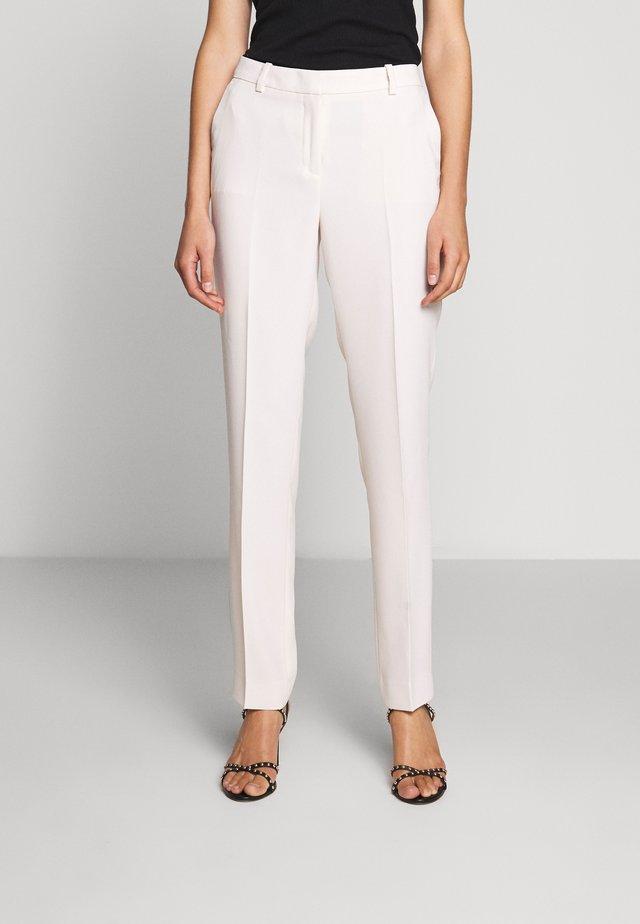 PANTALON - Spodnie materiałowe - offwhite