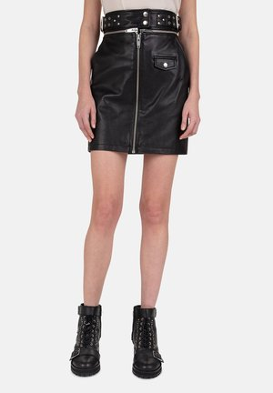 THE KOOPLES JUPE ZIPPED BLACK LEATHER MINISKIRT WITH BELT - Spódnica skórzana - black