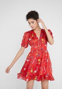 The Kooples - Denní šaty - red - 0