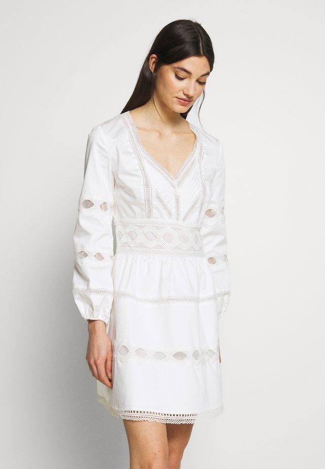 ROBE - Robe d'été - white