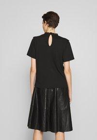 The Kooples - TEE - Print T-shirt - black - 2
