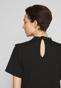 The Kooples - TEE - Print T-shirt - black - 3