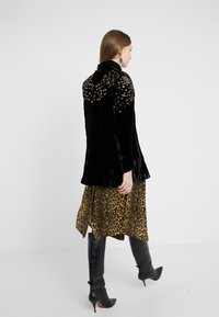 The Kooples - KIMONO - Blazer - black/gold - 2