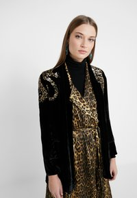 The Kooples - KIMONO - Blazer - black/gold - 0