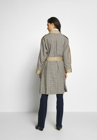 The Kooples - Trenchcoat - beige/grey - 2