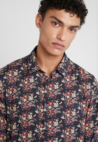 The Kooples - CHEMISE - Chemise - black/red/yellow - 5