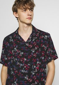 The Kooples - LEAVES CHEMISE - Overhemd - black/red - 3