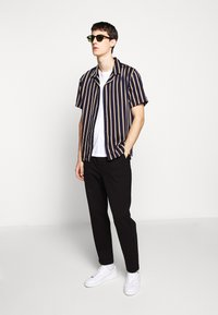The Kooples - CHEMISE STRIPED - Skjorter - dark navy/camel - 1