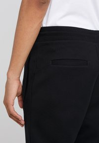 The Kooples - JOGGING - Trainingsbroek - black - 4