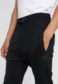 The Kooples - JOGGING - Trainingsbroek - black - 6