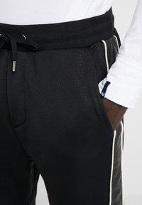 The Kooples - JOGGING - Pantalon de survêtement - black - 4