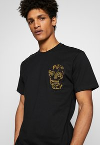 The Kooples - SKULL EMBROIDERY  - T-shirt print - black - 5