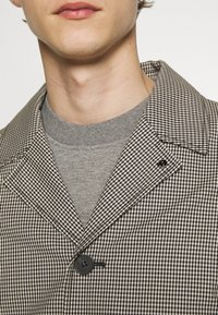 The Kooples - TARTAN COAT - Classic coat - black/ecru - 4