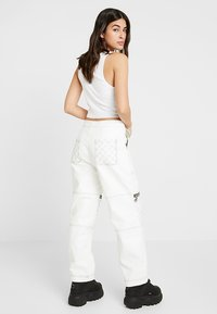 The Ragged Priest - MOTOR PANT WITH CONTRAST STITCH DETAIL - Kalhoty - white - 2