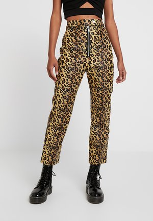 LEOPARD MOTOR PANT WITH ZIP POPPER - Trousers - tan
