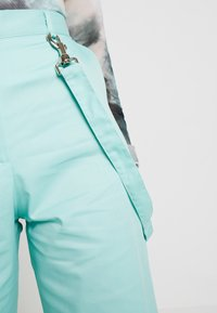 The Ragged Priest - WIDE LEG CROPPED TROUSER WITH STRAP - Kangashousut - mint - 5