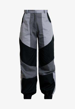 PRESSURE PANT - Pantalon classique - grey/multi