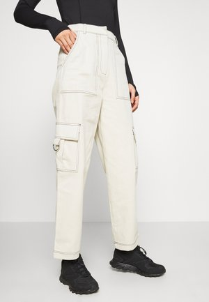 DOUBT PANT - Cargo trousers - cream