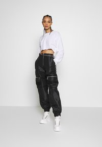 The Ragged Priest - REPORT PANT - Kalhoty - black - 1