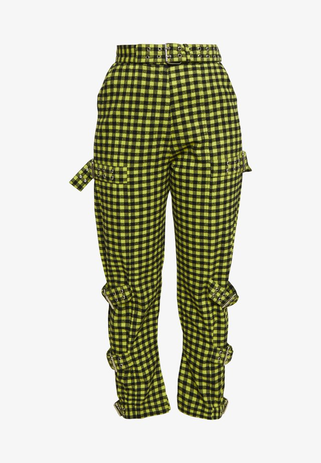 GINGHAM PANTS WITH BUCKLE STRAPS - Stoffhose - lime/black