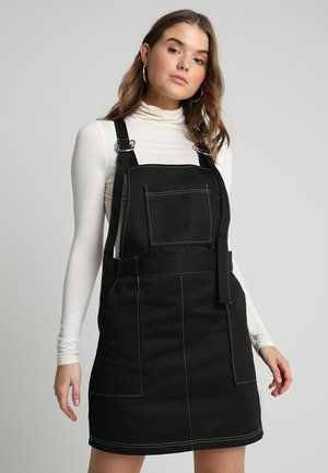 DRILL DUNGAREE DRESS WITH CONTRAST STITCHING  - Denní šaty - black