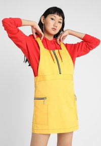 The Ragged Priest - PINAFORE DRESS - Denní šaty - yellow - 0