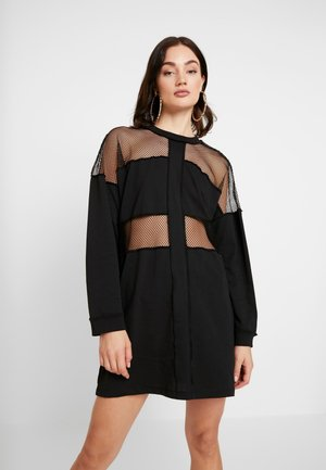 LONG SLEEVE DRESS WITH CUTOUTS AND EXPOSED SEAM DETAIL - Vestito di maglina - black