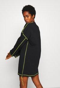 The Ragged Priest - EXPOSED SEAM DRESS - Korte jurk - black/lime - 3