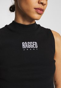 The Ragged Priest - Top - black - 5