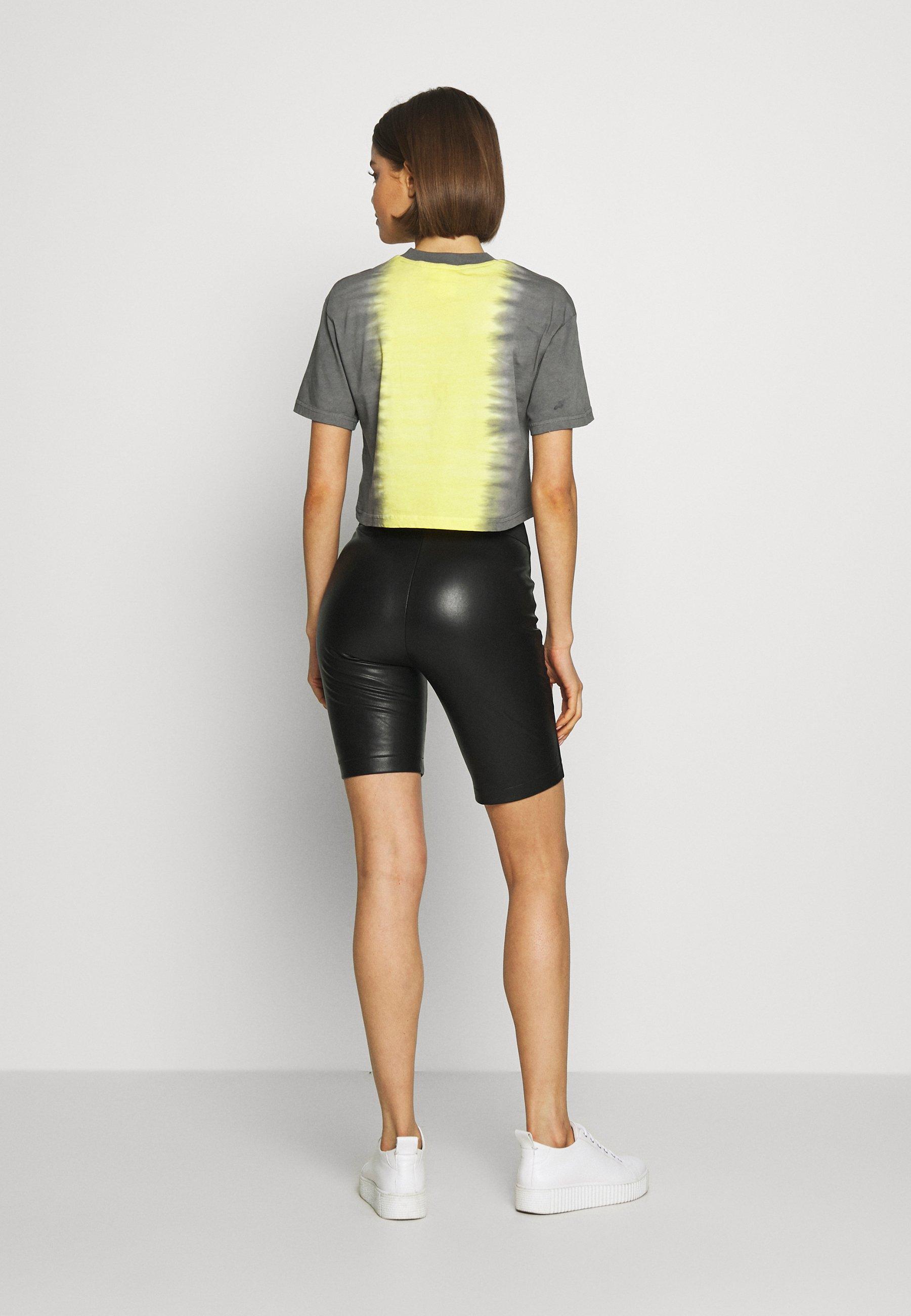 The Ragged Priest DIP DYE CROPPED BOY TEE - T-shirt z nadrukiem - yellow/black