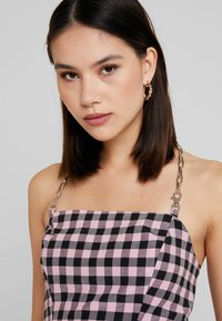 The Ragged Priest - GINGHAM TUBE WITH CHAIN HALTER - Bluser - pink - 3