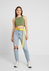 The Ragged Priest - CROP WITH TRIGGER HOOK FASTENING - Top - lime/black - 1