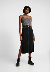 The Ragged Priest - TINSEL CAMI WITH CHAIN STRAP DETAIL - Camicetta - silver - 1