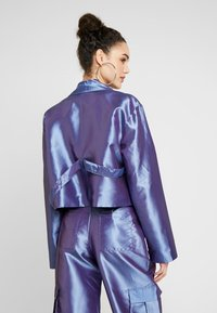 The Ragged Priest - TAFFETA CROPPED WITH COMBAT POCKET TRIGGER HOOK AND STRAP  - Summer jacket - lilac - 2