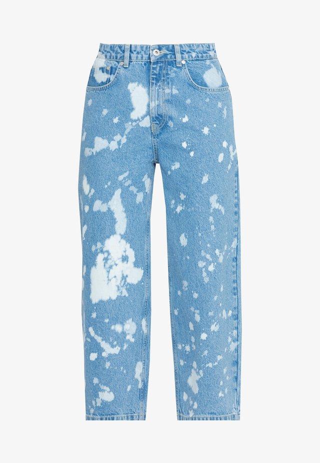 BLEACH SPLATTERED GRIP - Jeans baggy - light blue
