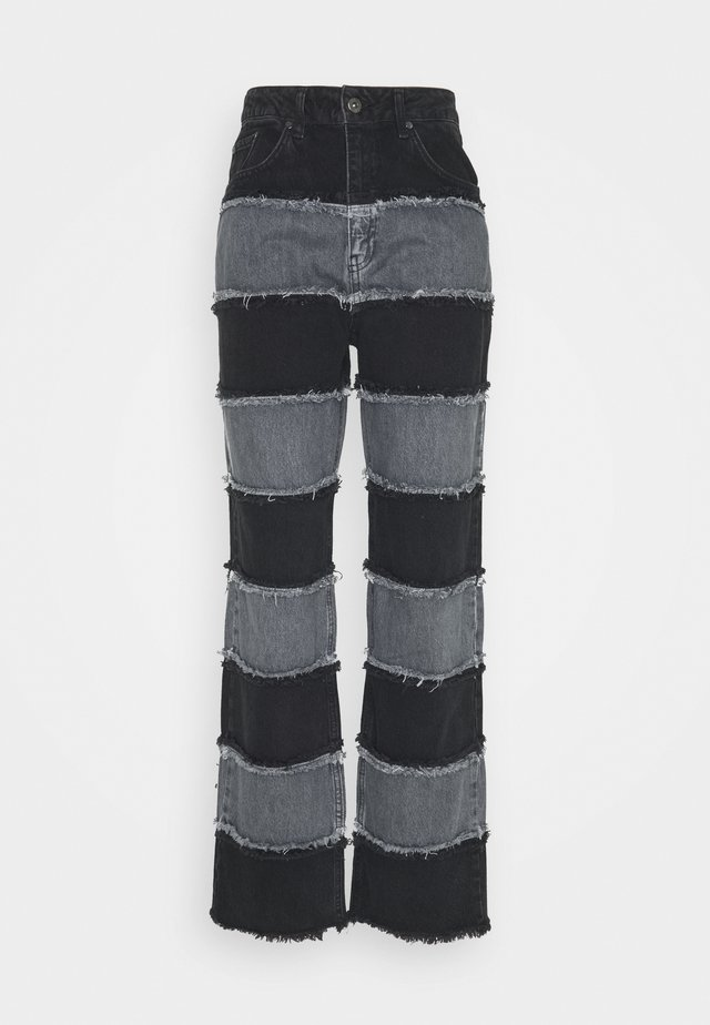 EXPOSED SEAM PANELLED STRIPE - Jeans baggy - grey