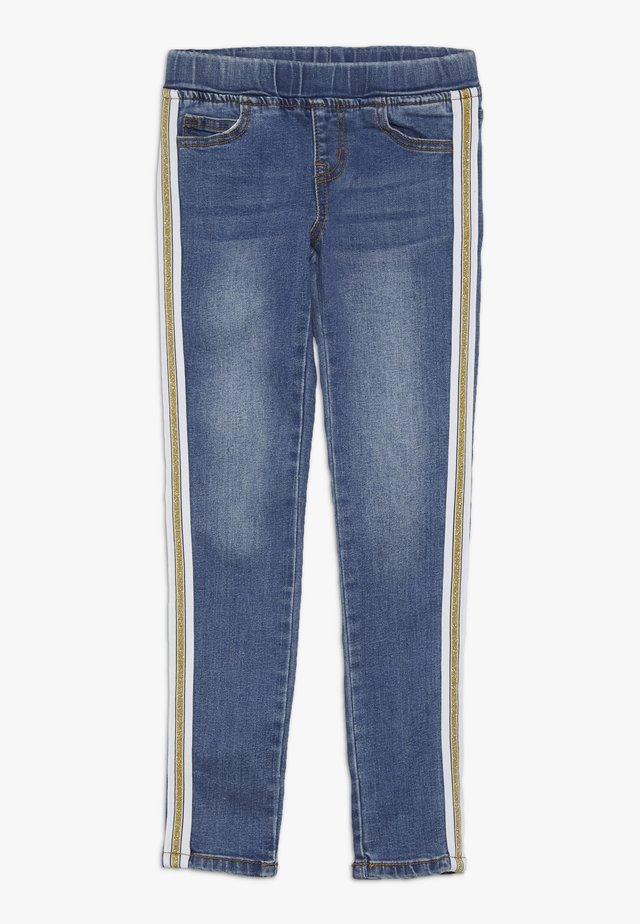 MAZY GLEE PANTS - Slim fit jeans - blue denim
