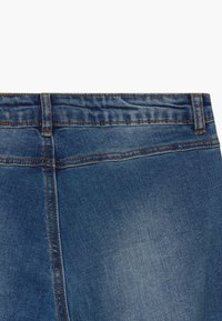 The New - ONINKA WIDE - Straight leg jeans - light blue denim - 3