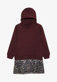 The New - MIRA SCHOOL DRESS - Denní šaty - winetasting - 2