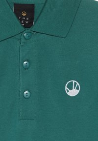 The New - ORSON  - Polo shirt - galapagos green - 3