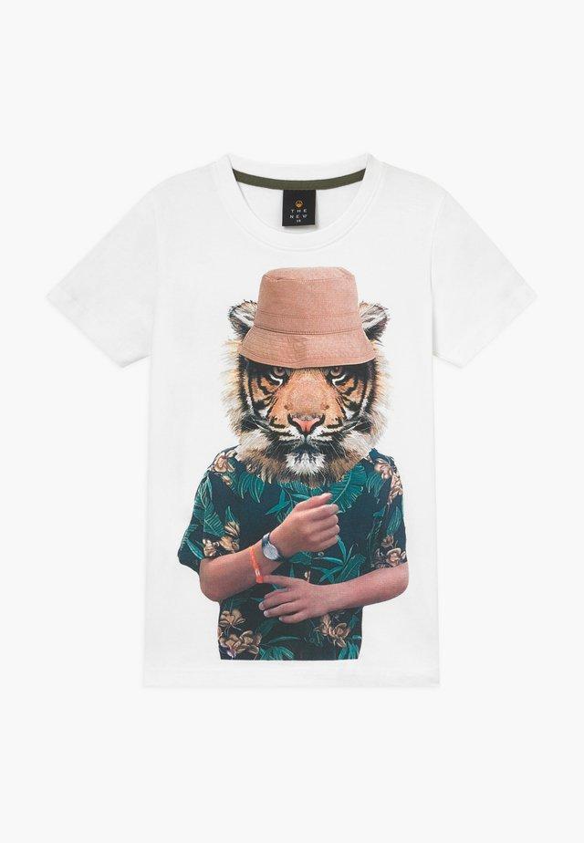 PEPE TEE - T-Shirt print - bright white