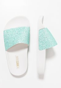 THE WHITE BRAND - MATE GLITTER - Pantolette flach - turquoise - 0